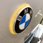 Projectje: de meeknipperende BMW logo's