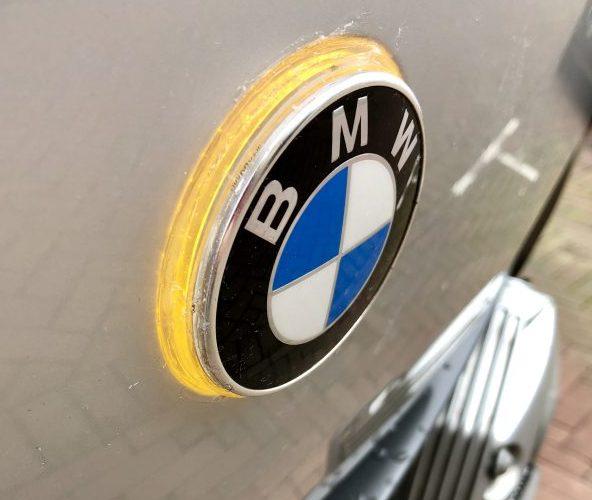 Projectje: de meeknipperende BMW logo's 2